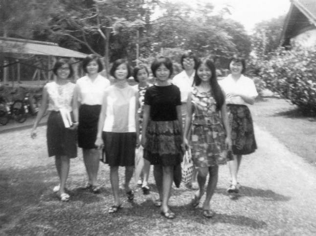 1965 Mommy with her classmates (farthest right)