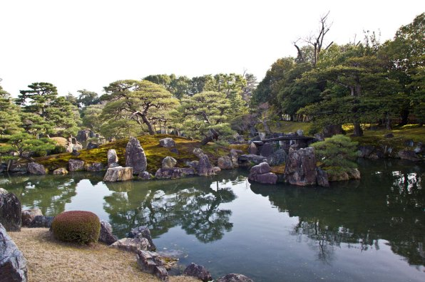 Pond of the Ninomaru Palace