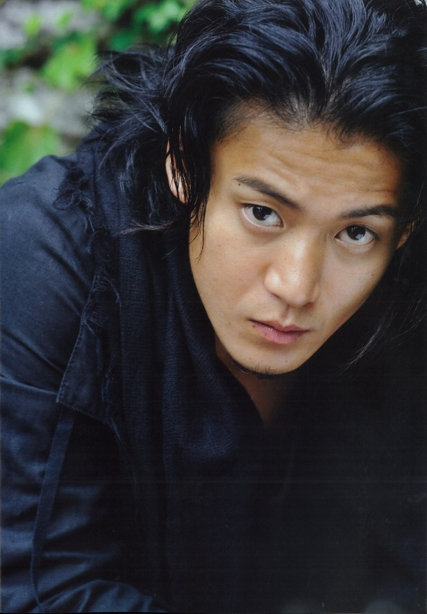 http://iblos3om.files.wordpress.com/2014/05/oguri-shun.jpeg?w=615&h=884